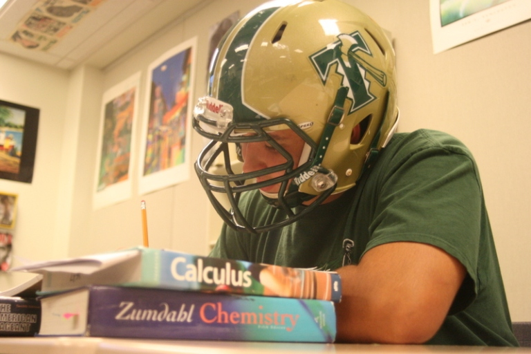 Timberline-High-School-Football-and-academics